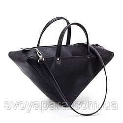 Женская сумка треугольник из высококачественной экокожи чёрного цвета с одним основным отделением