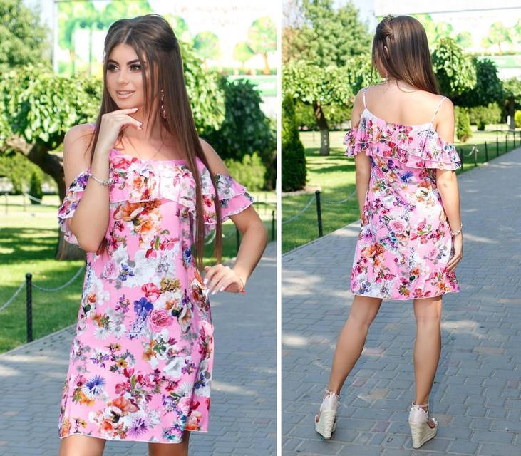 Платье короткое ,летнее  с воланом, модель 102,  принт розы на розовом фоне