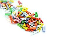 Набор разноцветных маленьких декоративных прищепок 120шт