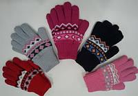 Перчатки для девочки с орнаментом