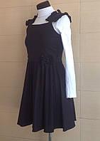 Сарафан школьный черный Ahsen с плиссированной юбкой и рюшами на бретелях