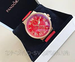 Женские стильные яркие часы