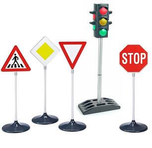 Дитячі світлофори, знаки дорожнього руху