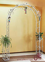 Кованая арка для свадебных церемоний