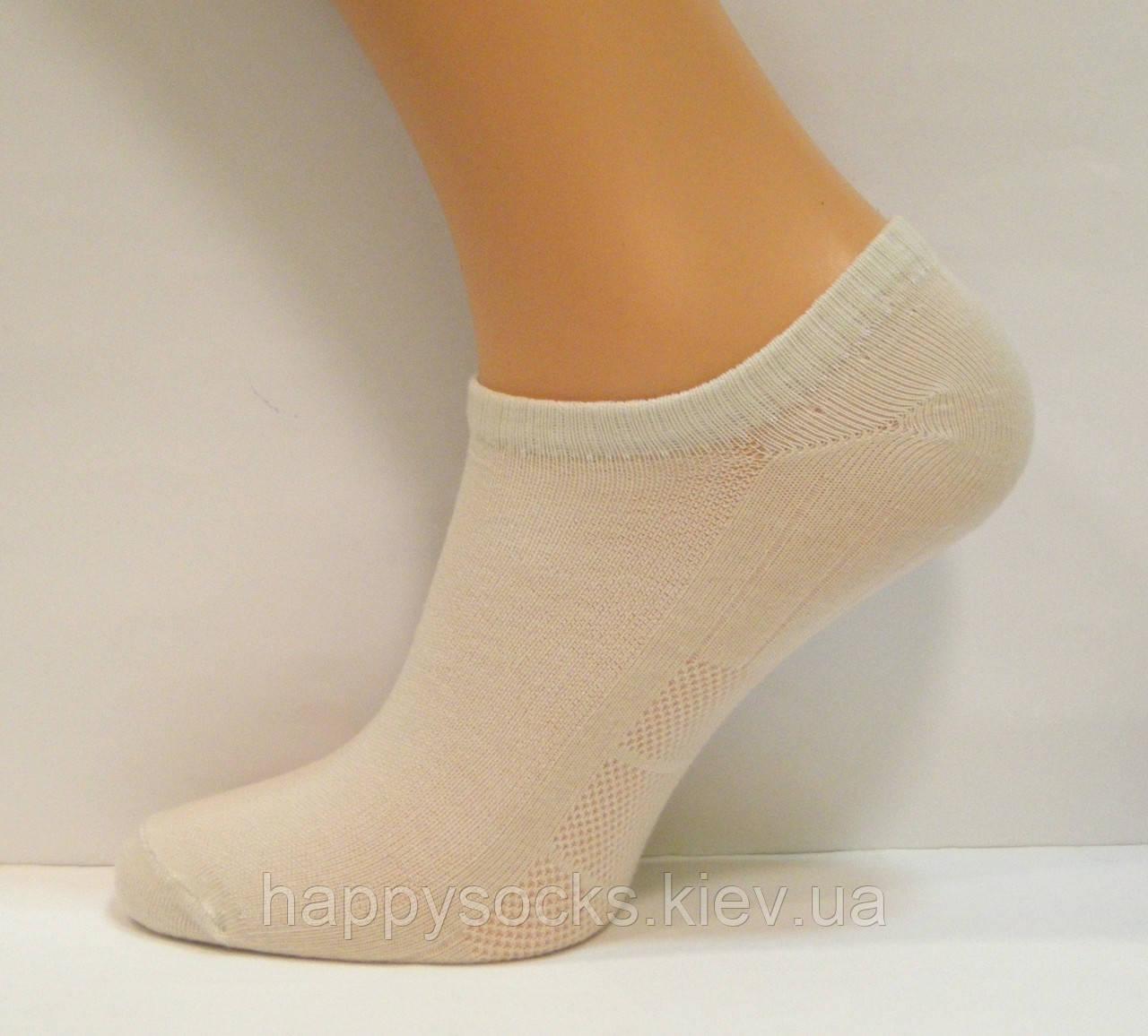 Летние низкие женские носки в сетку бежевого цвета