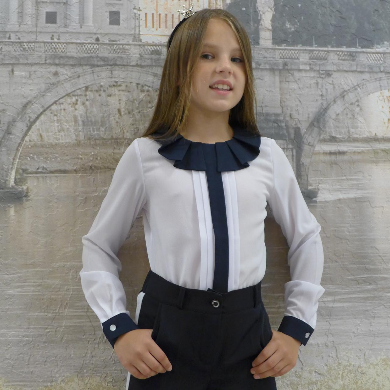 """Блузка для девочки """"Планка-жабо""""(белая с синей отделкой)"""