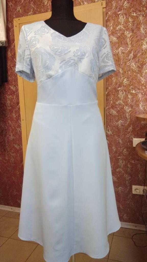 Платье -  м. 8э (50р) (ф)