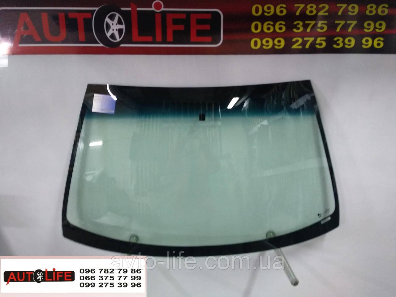 Лобовое стекло Dacia Sandero 2009-2012. Автостекло RENAULT SYMBOL