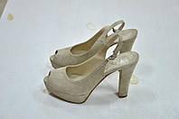Босоножки на каблуке бежевые замш с открытым пальчиком