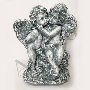 Статуэтка Ангелочки пара на камнях 38 cм