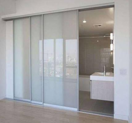 Раздвижная система   Межкомнатные перегородки   Дверь стекло матовое