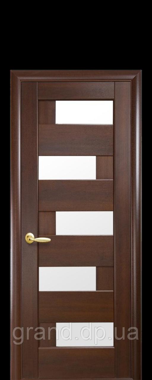 Межкомнатная дверь Пиана ПВХ DeLuxe с матовым стеклом ,цвет каштан