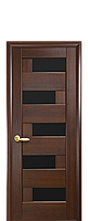 Межкомнатная дверь  Пиана ПВХ DeLuxe с черным стеклом ,цвет каштан