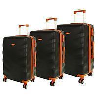 чемоданы пластиковые на колесах