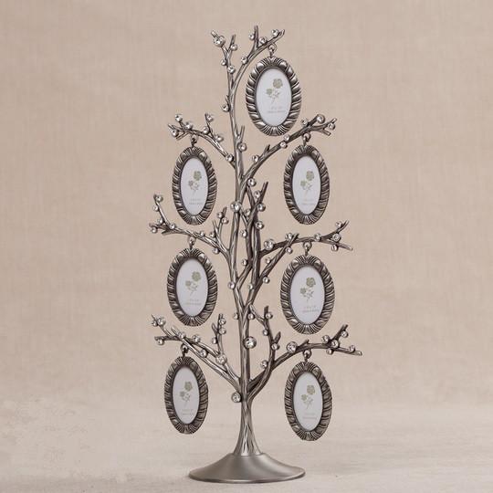 Семейное родовое дерево со стразами на 7 фотографий