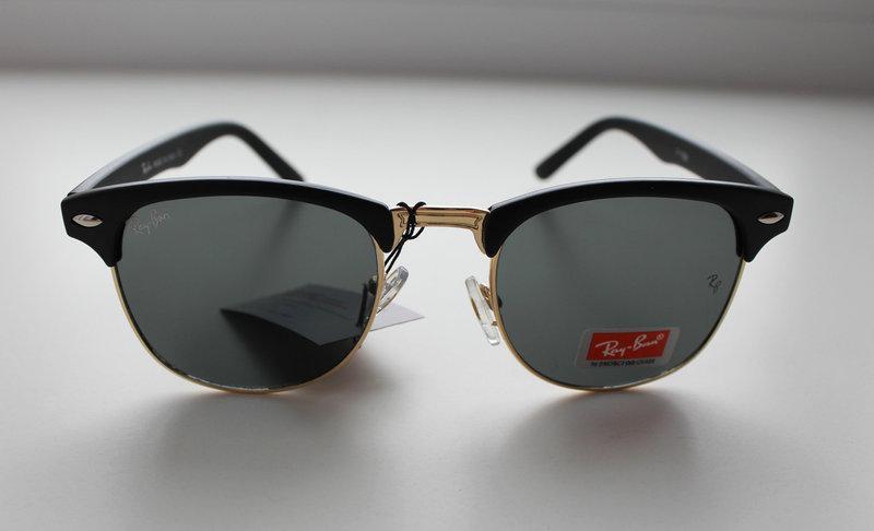 Фигурные женские солнцезащитные очки Ray-Ban