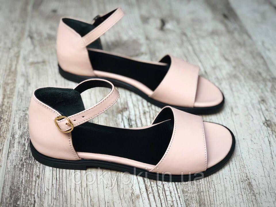 a3a9f6e6fa4e Кожаные босоножки сандалии женские закрытая пятка цвет пудра классический  стиль ...