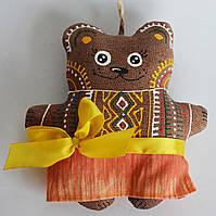 Кофейная мишка в желтой сорочке. Украинский сувенир.