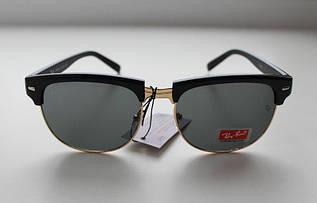 Женские солнцезащитные очки Ray Ban в фигурной оправе