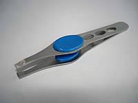 Пинцет для бровей Zinger №k-85 с резинкой, косой, красный