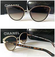 Женские солнцезащитные очки лисички новинка Chanel дужки лео