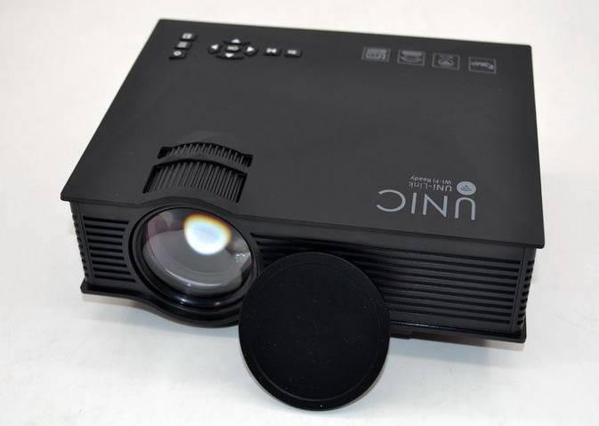 LED проектор с Wi-Fi Unic UC46