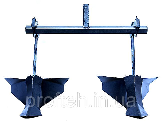 Окучник Мотор Сич  (на двойной сцепке, 2 окучника Стрела 2)