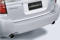 Накладка задней двери пластик Subaru Outback 04-09 (E751EAG000) оригинал