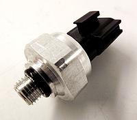 Датчик давления кондиционера NRF Nissan Leaf ZE0 / AZE0 (10-17) 92136-1FA0A, фото 1