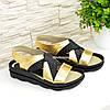 Босоніжки жіночі шкіряні на низькому ходу, колір золото, фото 4