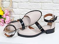 Туфли женские летние из натуральной кожи бежевого и черного цвета