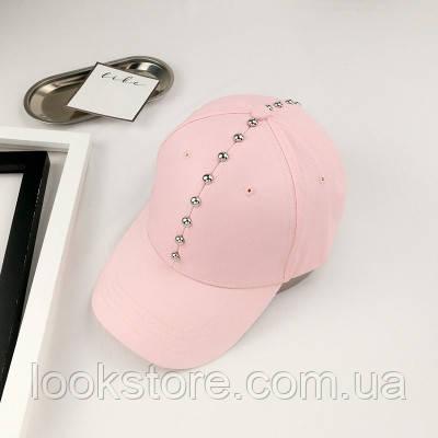 Женская кепка с заклепками розовая