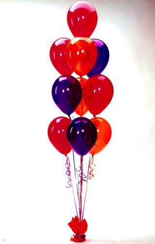 Фонтан из 10 латексных шаров 25 см.