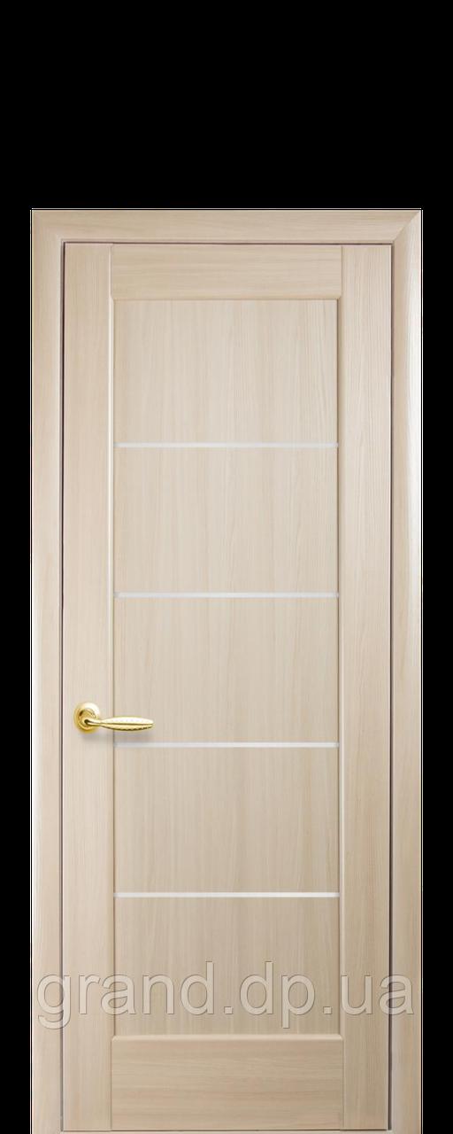 Межкомнатная дверь  Мира ПВХ DeLuxe с матовым стеклом ,цвет ясень