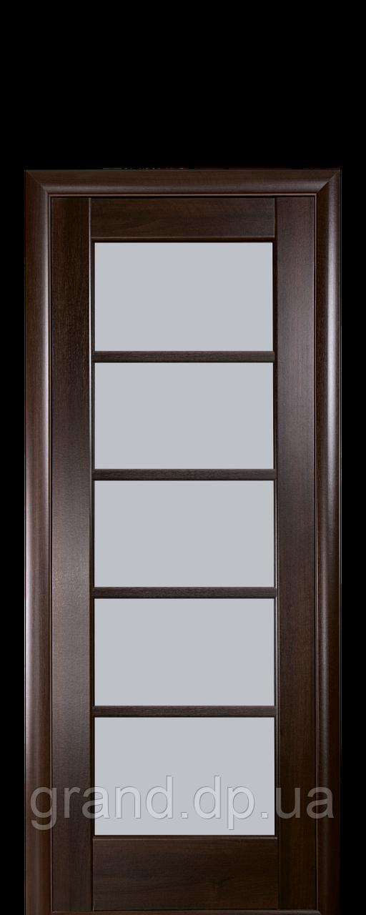 Межкомнатная дверь  Муза ПВХ DeLuxe с матовым  стеклом ,цвет каштан