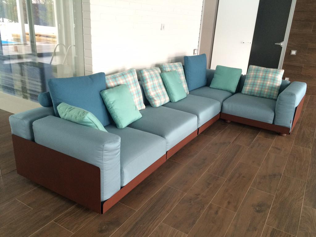 Модульный диван ASAMI IRON OUTDOOR на металлическом каркасе, фабрика COLICO (Италия)