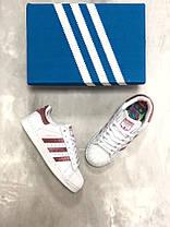 Женские кроссовки Adidas Superstar бело-бордовые топ реплика, фото 3