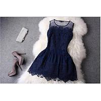 Кружевное вечернее мини платье