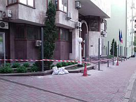 Откатные ворота, забор металлический (Киев, Посольство Франции в Украине) 2