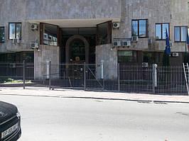 Откатные ворота, забор металлический (Киев, Посольство Франции в Украине) 10