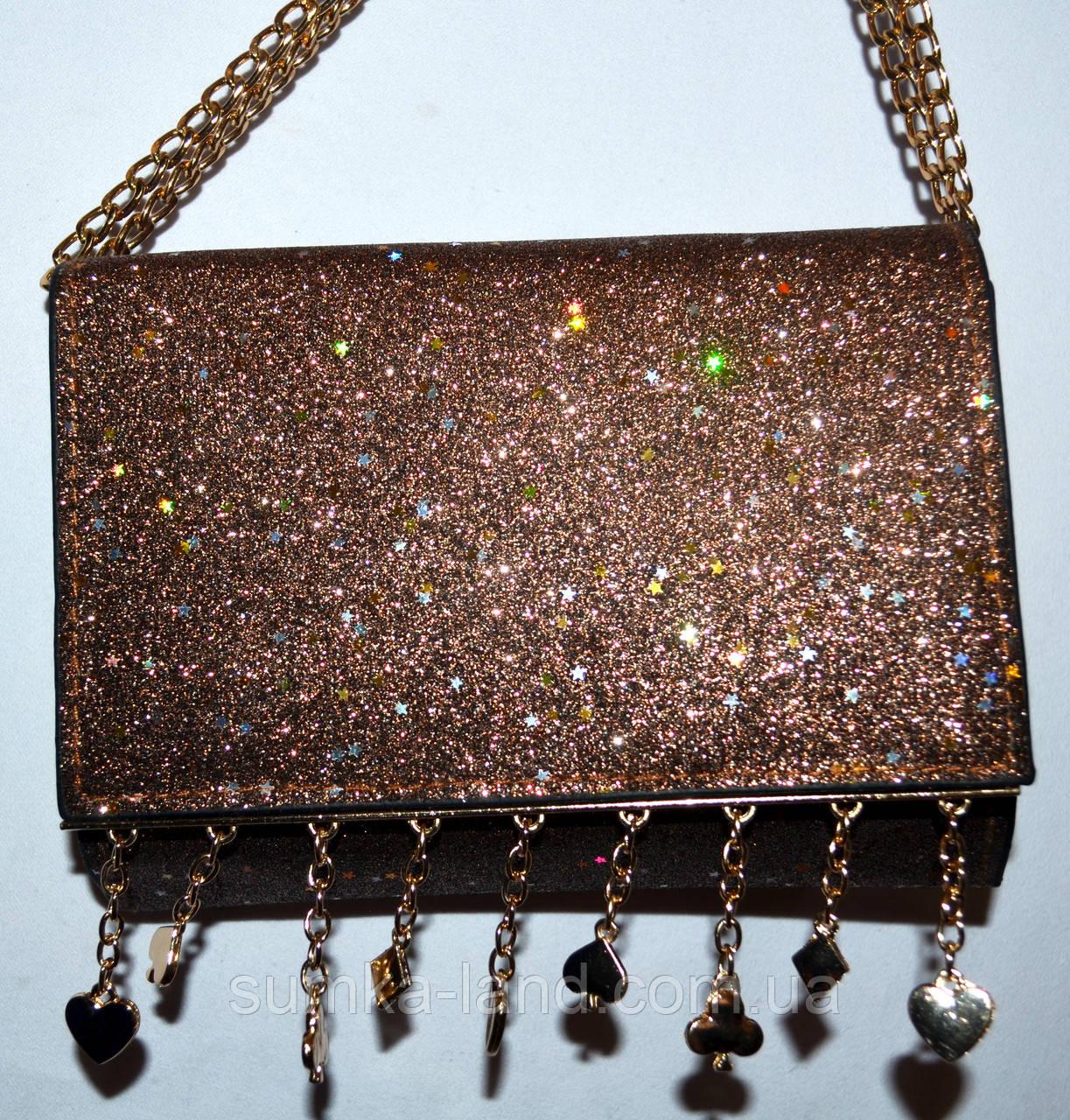 Женский блестящий коричневый клатч на цепочке с украшением 18*14 см
