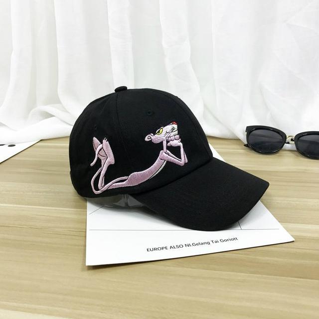 Кепка с вышивкой Розовая Пантера