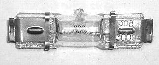Лампа кварцевая галогенная малогабаритная КГМ 30-300 ЛИСМА Hpa15/20