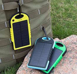 Зарядка на солнечной батарее Power Bank Solar Charger 8000 mAh (модель с ручкой для переноски)