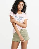Женская пудровая футболка с принтом Abercrombie & Fitch, фото 1