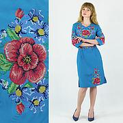 Мальва з волошками сукню блакитного кольору