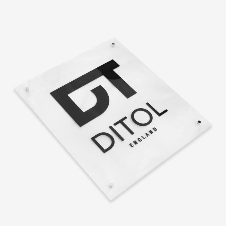 Стеклянные таблички DiTol