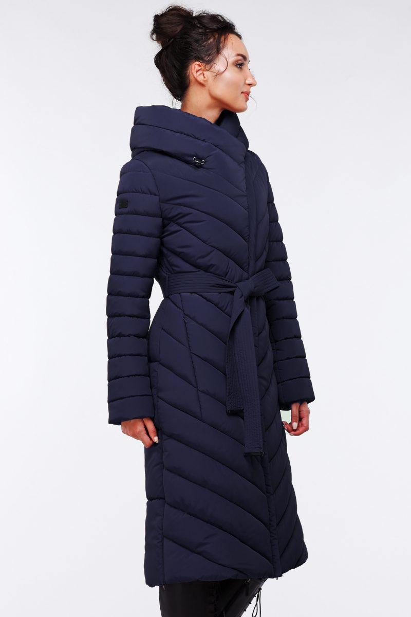 Женское пальто с двумя карманами