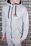Модный мужской спортивный ассоримент одежды