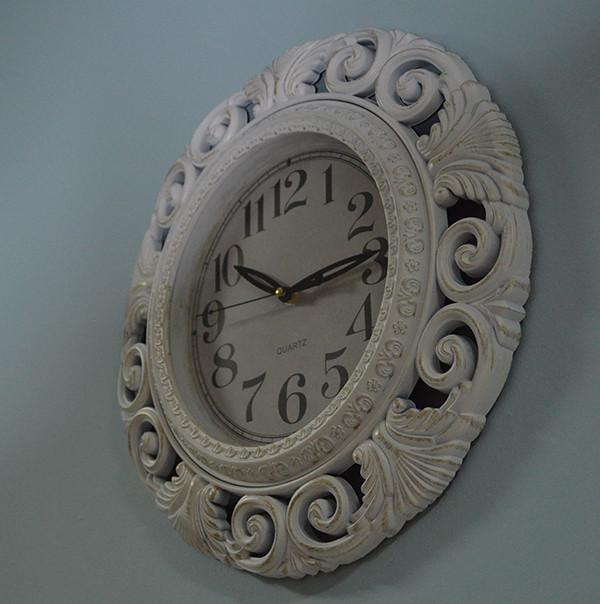 Настінні годинники (фото)